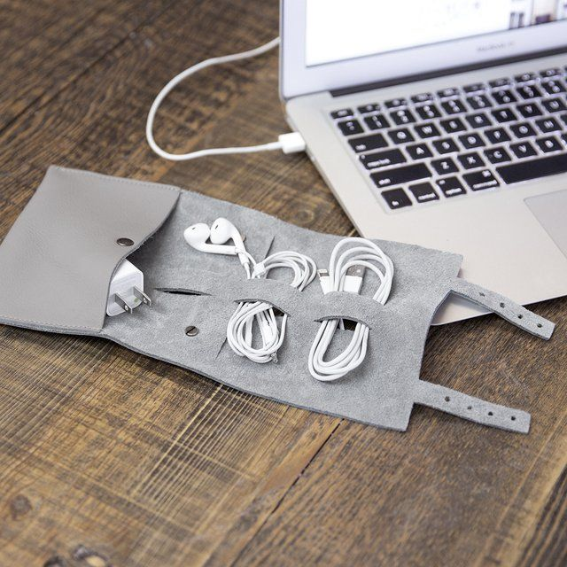 Cordito Cord Wrap - ideal storage of all those apple wires.