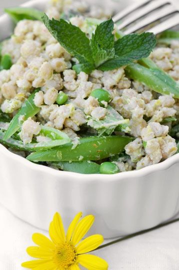 Here's a spring salad that's equally satisfying for a workday lunch or a weekend picnic. Light yet filling, it combines chewy, nutritious barley with two seasonal treats – young green garlic and crisp sugar snap peas.