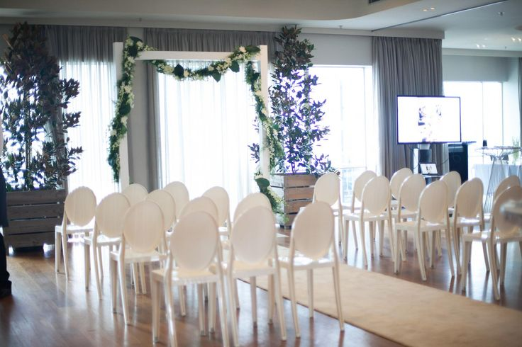 HR June -41 Where The Grass Is Green | Event styling and floral design