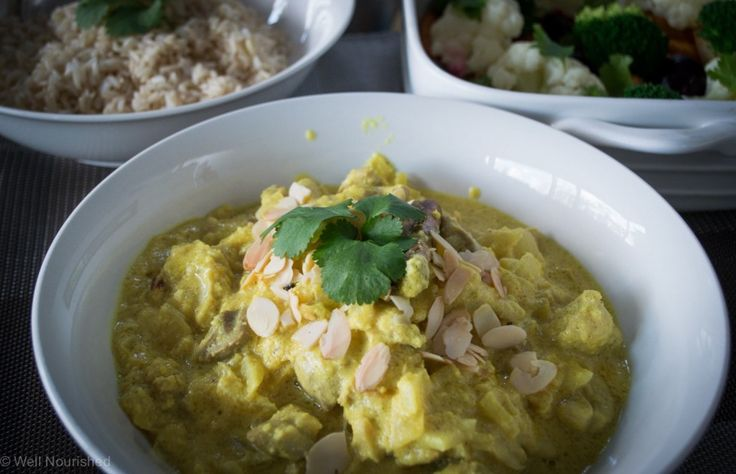 Love a good curry, will definitely give this one a go. Chicken and Almond Curry from Well Nourished