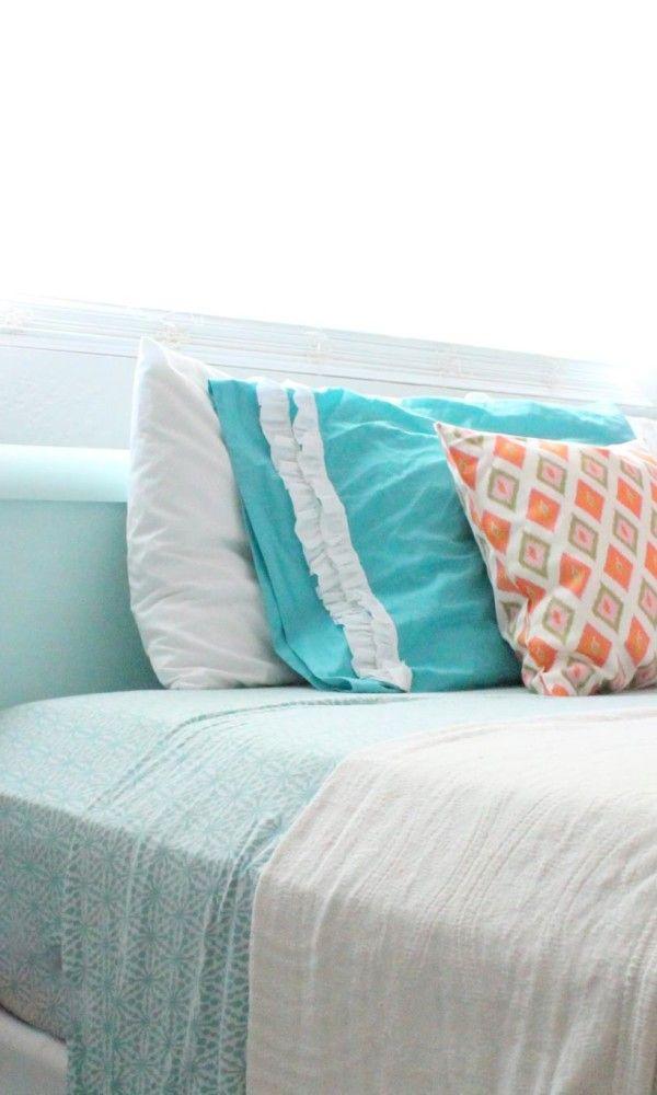 coral tween girl bedroom {Claire}
