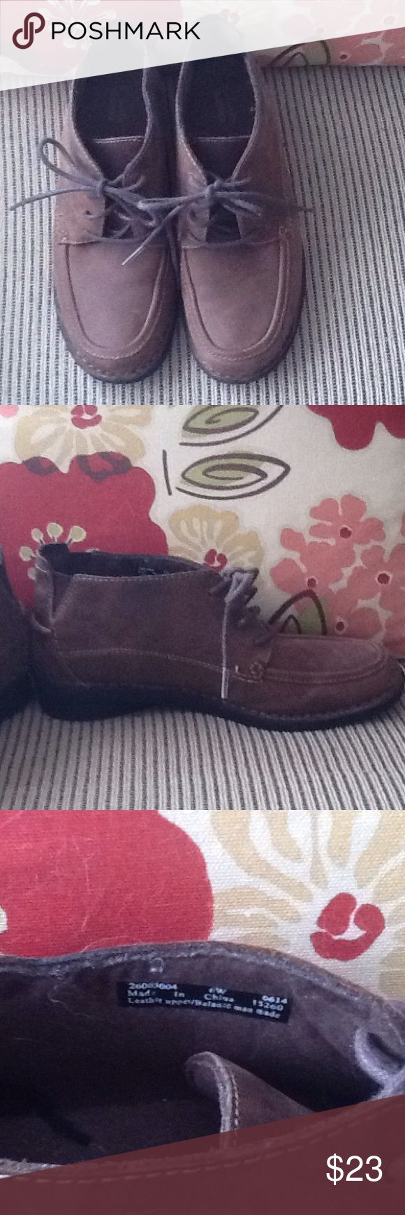Clarks Chukka boots Brown chukka boots in excellent condition!!!  Size 6w Clarks Shoes Ankle Boots & Booties