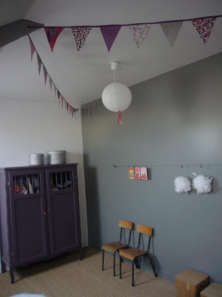 Chambre de violette kids room chambre d 39 enfants for Chambre violette