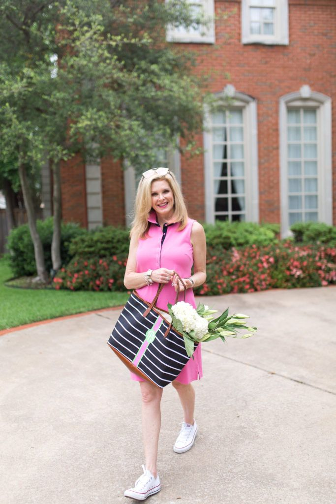 Talbots pink dress and Barrington Gifts tote. Tanya Foster | run around town | http://tanyafoster.com