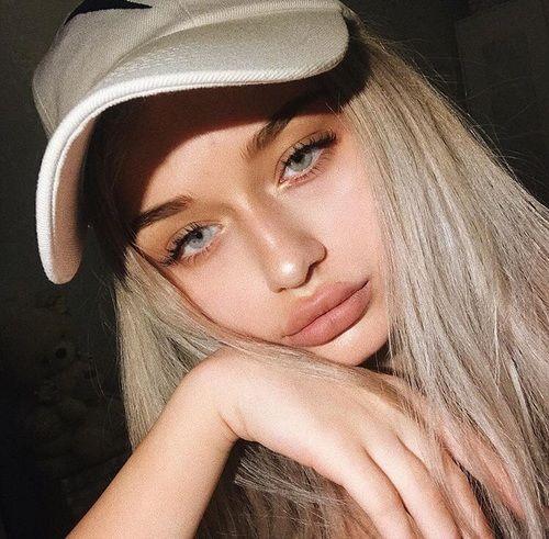 grafika girl, fashion, and icon