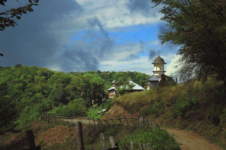 Afteia Monastery by Daniel Vijoi on 500px