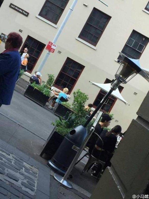 Taeyang and Hyorin enjoying a romantic date in Sydney while Taeyang is on the BIGBANG [MADE] tour.