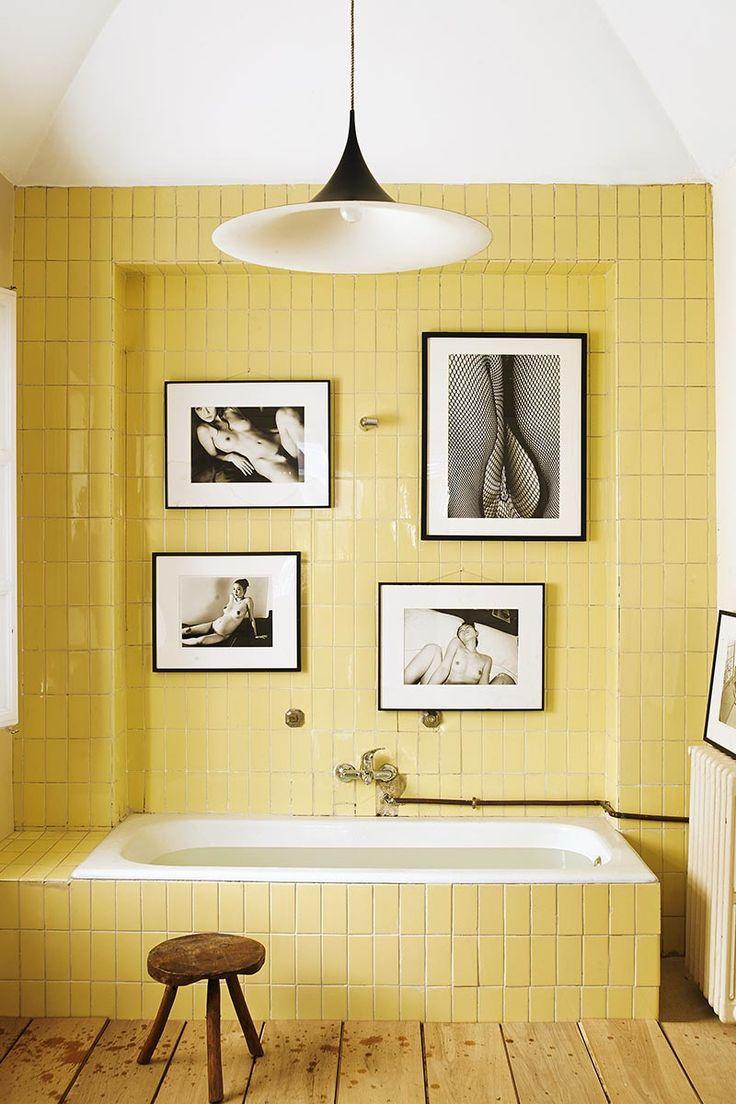 Yellow tile bathroom paint colors - La Casa Bathroom Yellowyellow Tileblue