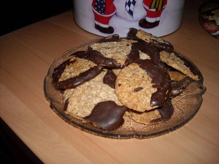 Chocoladekoekjes Met Havermout ( Kerstkoekjes) recept | Smulweb.nl