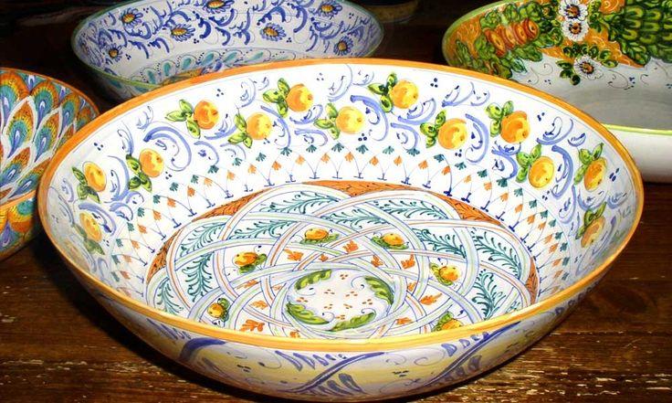 Thin bowl cm 30 with interlacing design by Lorenza