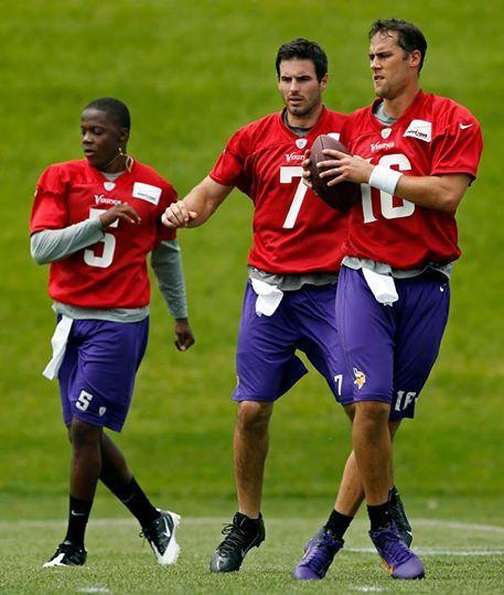 Matt Cassel is the 'heavy favorite' to start over Teddy Bridgewater for the Minnesota Vikings
