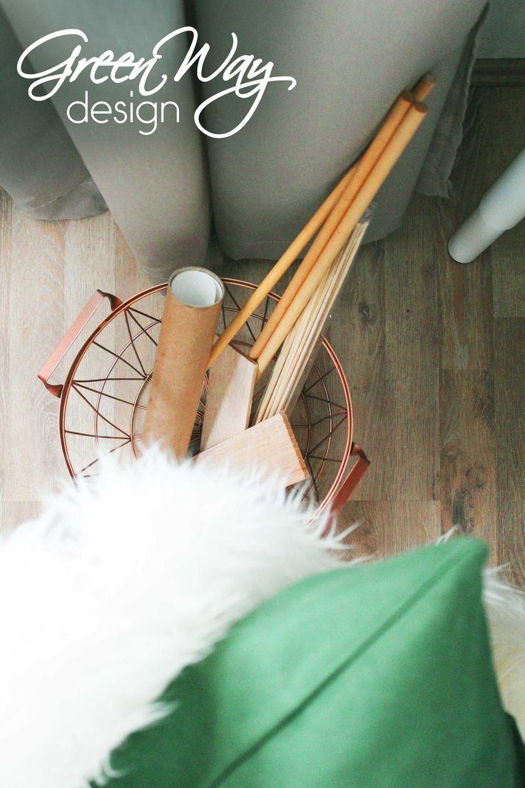 Rosegold basket - workspace styling