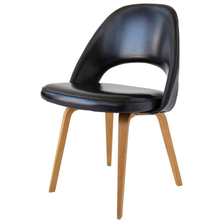 Eero Saarinen Executive or Dining Chair for Knoll | See more antique and modern Side Chairs at https://www.1stdibs.com/furniture/seating/side-chairs