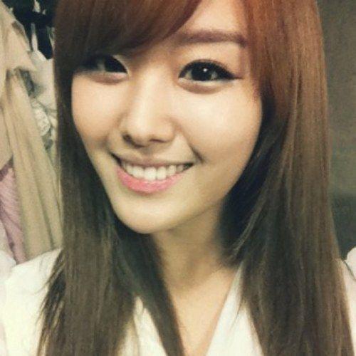 pretty Song Ji Eun