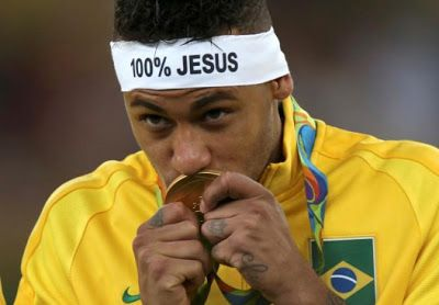 Neymar leads Brazil to defeat Germany as they win their first Olympic football gold (Photos)