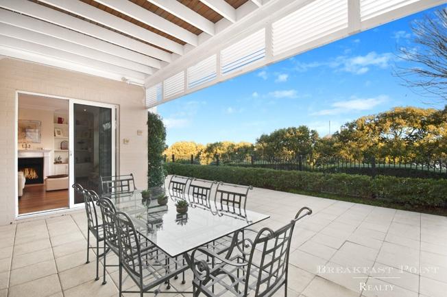 Courtyard   23 Jacaranda Drive, CABARITA NSW