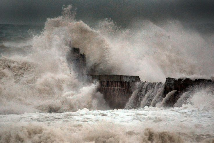 HM Coastguard issues advice as Storm Eleanor hits UK https://www.cumbriacrack.com/wp-content/uploads/2018/01/portreath-pier-01.jpg HM Coastguard is reminding people of the dangers they might face along the coast as Storm Eleanor hits. Weather warnings have been put in place    https://www.cumbriacrack.com/2018/01/02/hm-coastguard-issues-advice-storm-eleanor-hits-uk/