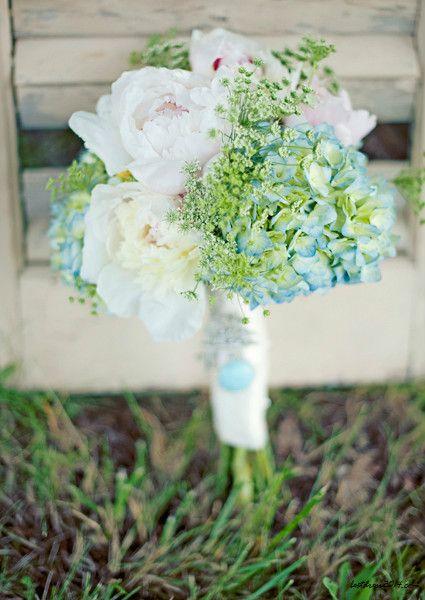 wedding flowers - http://www.weddingflowersofamerica.com