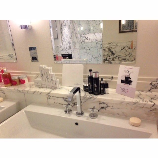 We're pretty obsessed with this marble bathroom from one of our blogger events.