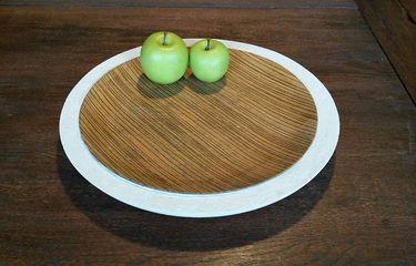 Design BETON-Schale mit hellem Holzteller