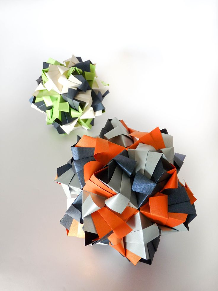 kusudama Little Roses Origami  30 piezas (Maria Sinayskaya)