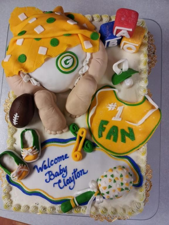 Green Bay Packer baby cake. To all my friends and family when it comes time to throw me a baby shower, whether I'm having a boy or girl, theyre going to be a Packer baby