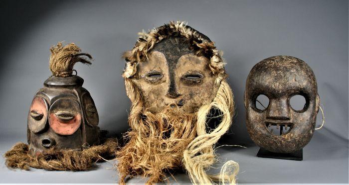 3 Masks - BEMBE, KUMU, LEGA - D.R. Congo - Catawiki