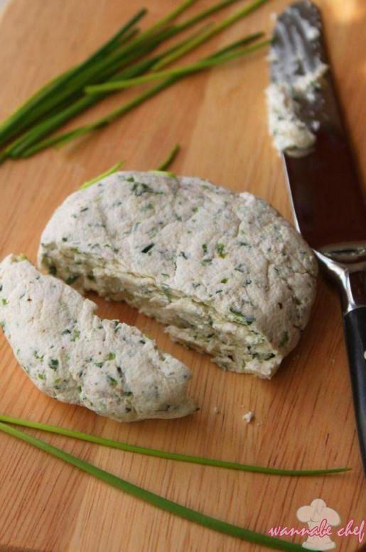 snidlinges-fűszeres házi sajt