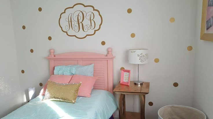 Gold and pink toddler room