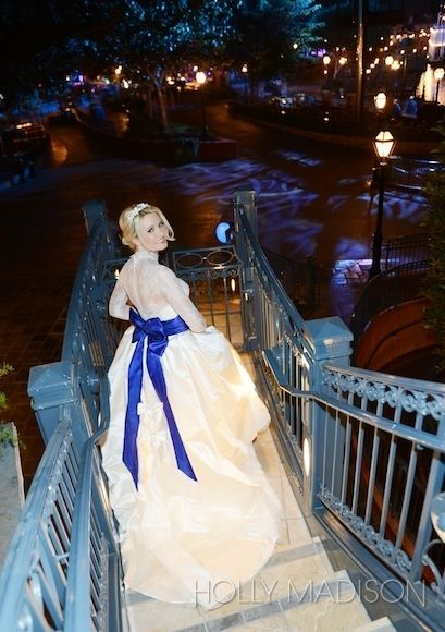 Holly-Madison-Exclusive-Wedding-Pictures-24 | Holly Madison wedding at Disneyland