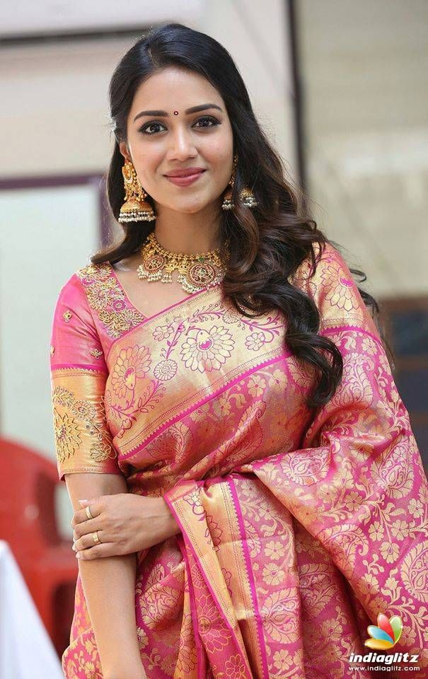 Nivetha Pethuraj Photos Tamil Actress photos, images