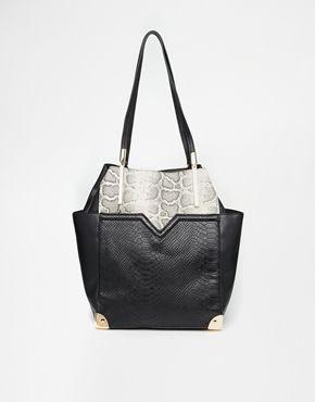 Black Shoulder Bags New Look 34