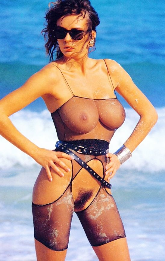 Veronica vain naked