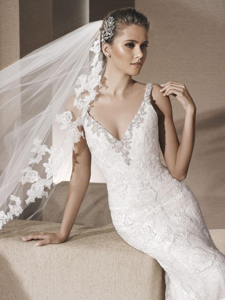 Royal - La Sposa - Esküvői ruhák - Ananász Szalon - esküvői, menyasszonyi és alkalmi ruhaszalon Budapesten