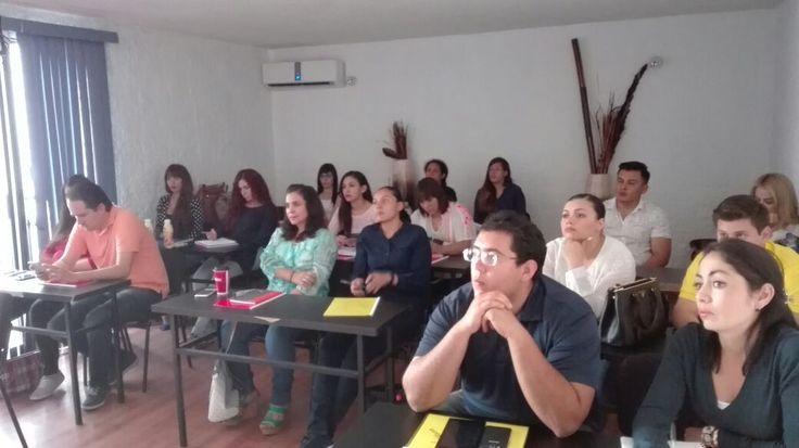 Sesionando en Guadalajara inicio de curso sabatino Organización de Eventos Sociales