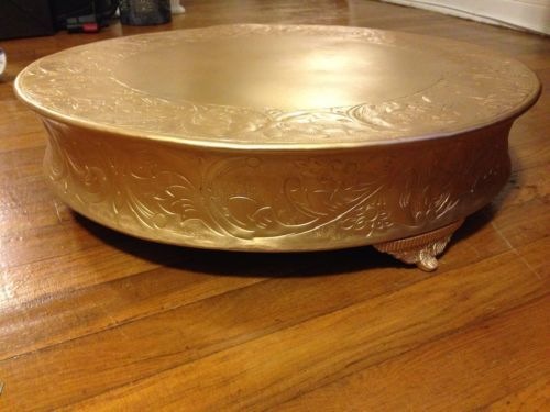 gold plated wedding cake stands 21 inch matte gold grand wedding cake stand plateau 14805