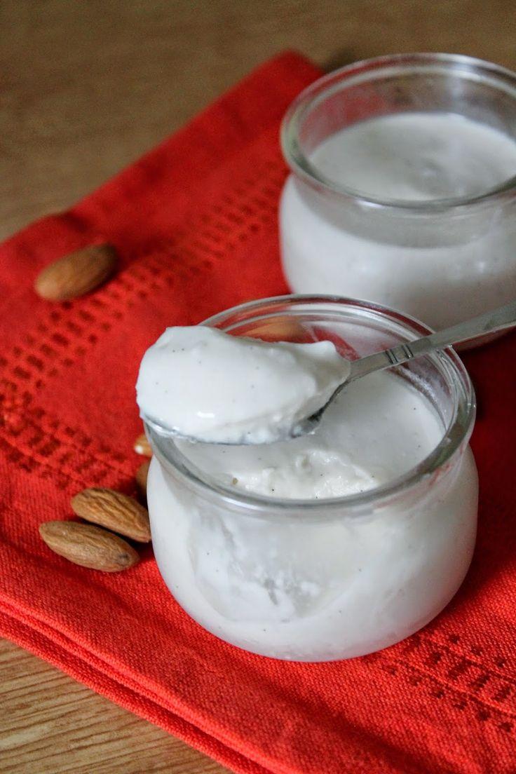 """""""Lait"""" d'amandes et crème à la noix de coco sans gluten ni lactose"""