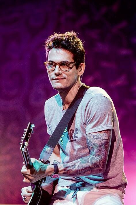 mayer-federer:  John Mayer at Ziggo Dome, Amsterdam. Great that I was a part of his last Born and Raised/Paradise Valley Tour show!
