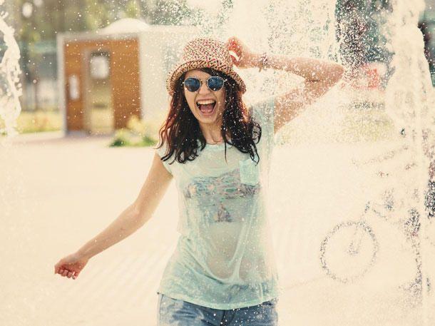 8 Tipps, die dir gegen Hitze helfen