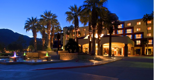 Stay at the best hotel in the city of Palm Springs
