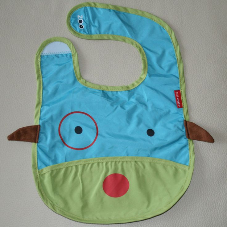 NEW Baby Infant Toddler Feeding Waterproof Bibs SKIP HOP Dog/Puppy