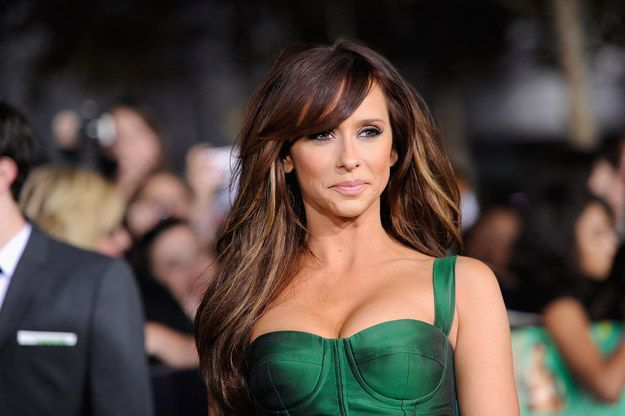 You know Jennifer Love Hewitt. | Friendly Reminder That Jennifer Love Hewitt Had A Music Career