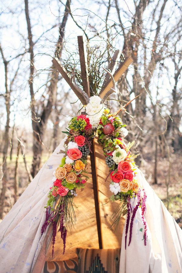add some flowers to your tent!