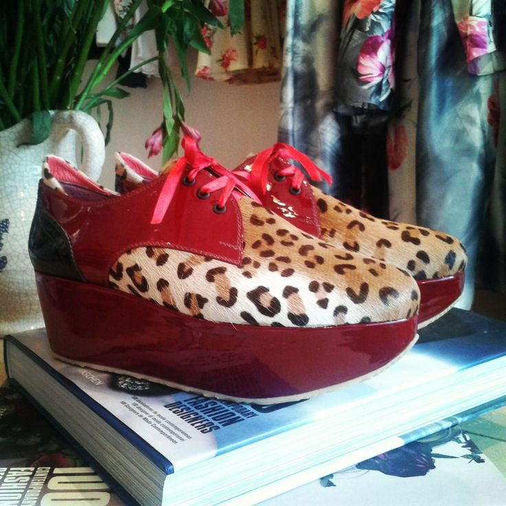 Red pattent leather + Haired Leopard stamped leather. 5 cm platform. Custom made