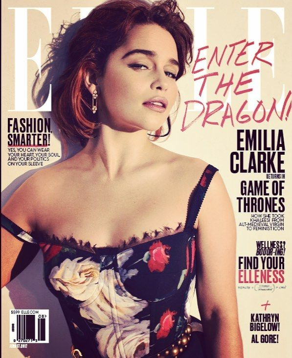 """Mi piace"": 197.5 mila, commenti: 910 - @emilia_clarke su Instagram: ""YAS @elleusa !!!! 🎉 One happy dragon mamma defying gravity with my rogue dress strap ⚡️ (..if you…"""