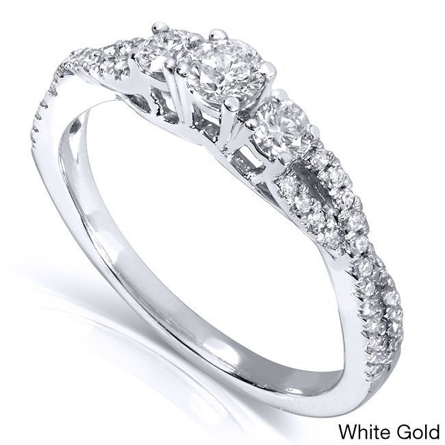 "<li>Diamond engagement or promise ring</li> <li>14-karat white, yellow, or rose gold jewelry</li> <li><a href=""http://www.overstock.com/downloads/pdf/2010_RingSizing.pdf""><span class=""links"">Click here for ring sizing guide</span></a></li>"