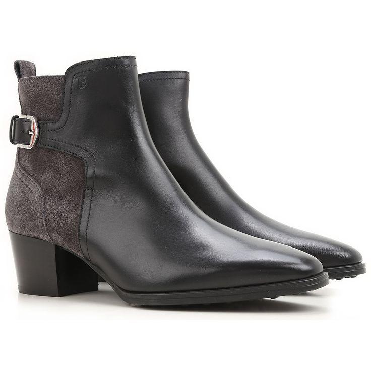 Chaussures Italiennes en Cuir pour Femme de J.P. Tod's. Collection Printemps/Eté 2007.