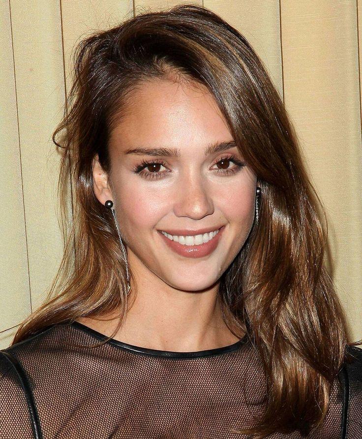 #jessicaalba #redcarpet #dress #famous #newyork #losangeles #chicago #vancouver #toronto #yoga #fitness #wdywtd #crossfit #california #dress #supermodel #model #latina #fashion #celebrity #actor #latin #actress #brunette #blonde #makeup #hairstyles #gym #glamour #celebrity http://tipsrazzi.com/ipost/1506447348740592645/?code=BTn-eHWgxQF