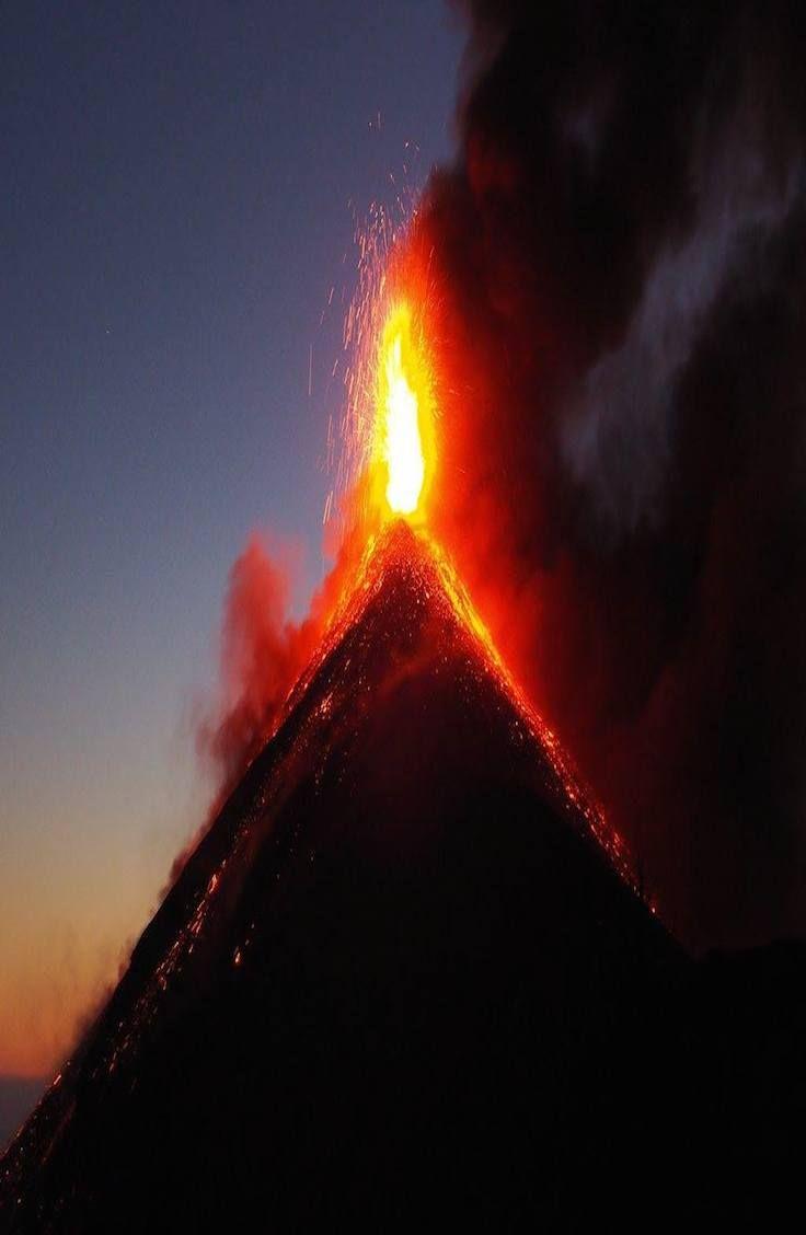 Volcán de Fuego - Guatemala. Complete guide