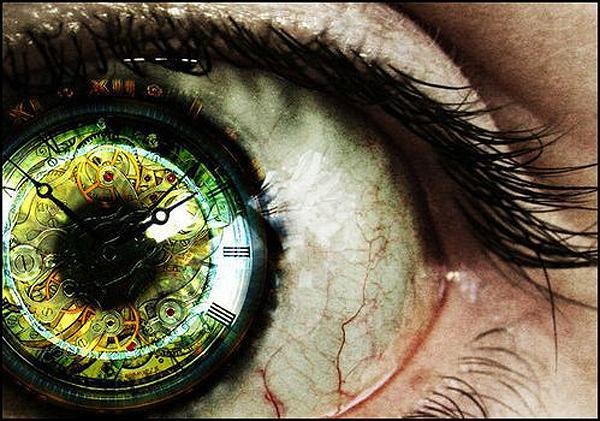 ...hypnotism...Photos Manipulation, Old Clocks, Art, Iris, Contact Lens, Tick Tock, Ticktock, Green Eye, Cool Tattoo